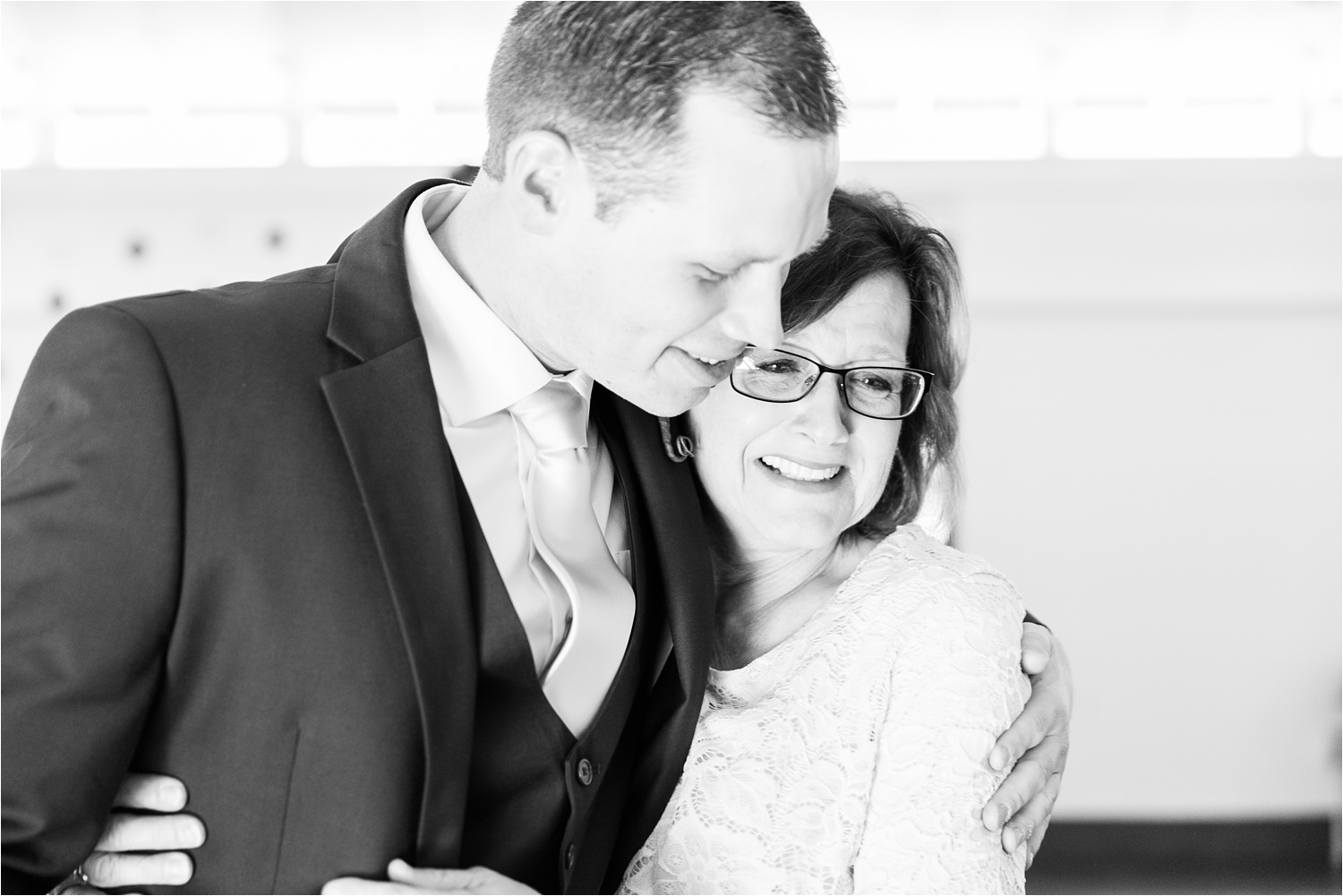 Groom and his mom - https://brittneyhannonphotography.com