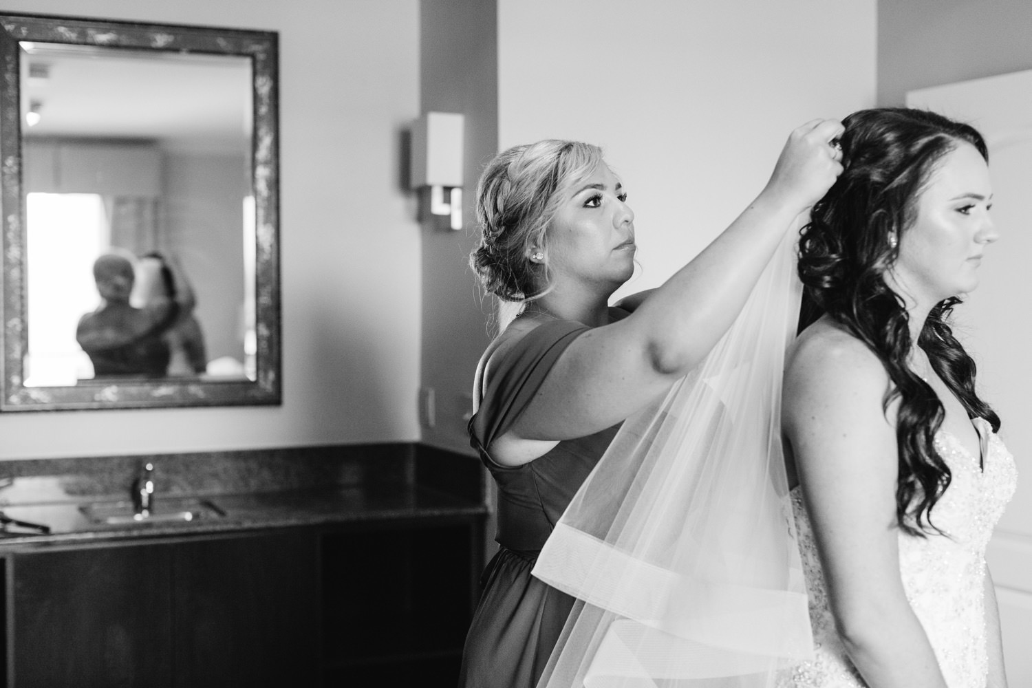 Maid of Honor duties - https://brittneyhannonphotography.com