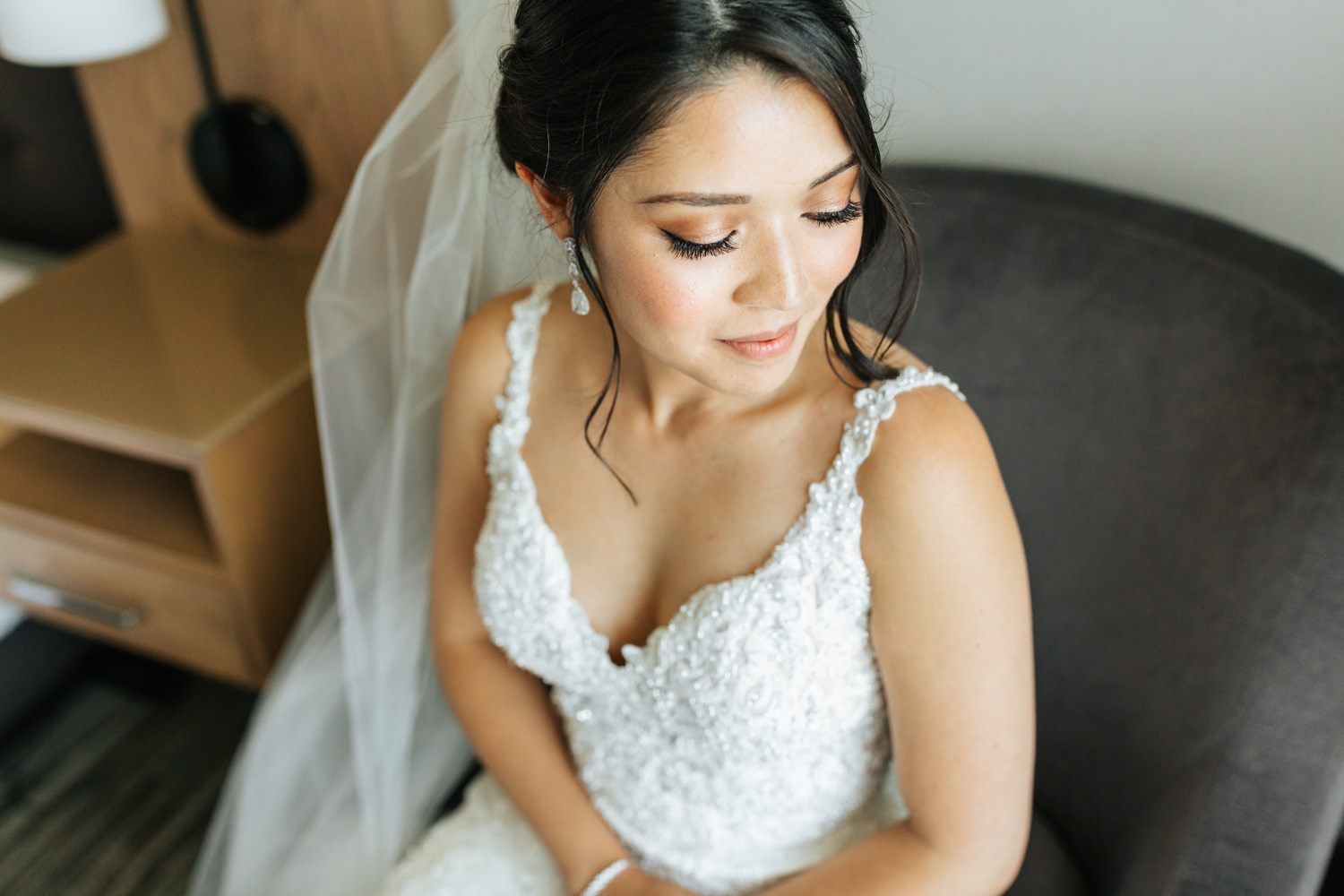 Bridal Makeup and Hair - Stunning Bridal Photos - https://brittneyhannonphotography.com