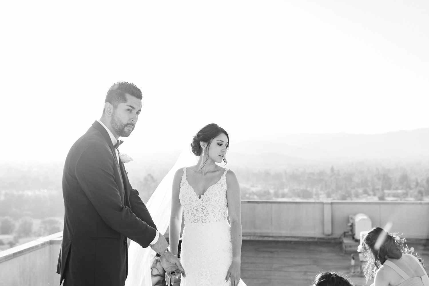 Black and White rooftop wedding photos - https://brittneyhannonphotography.com